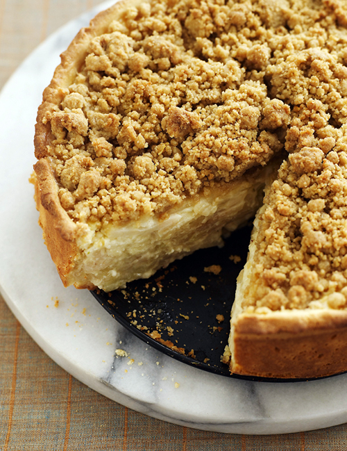Sour Cream Apple Pie with Streusel