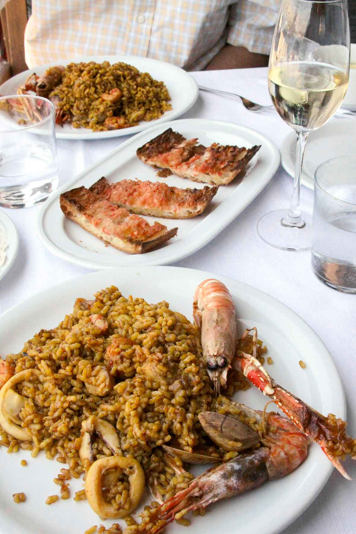 Paella and pan con tomate | Barceloneta