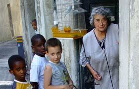 Portuguese Saleswoman