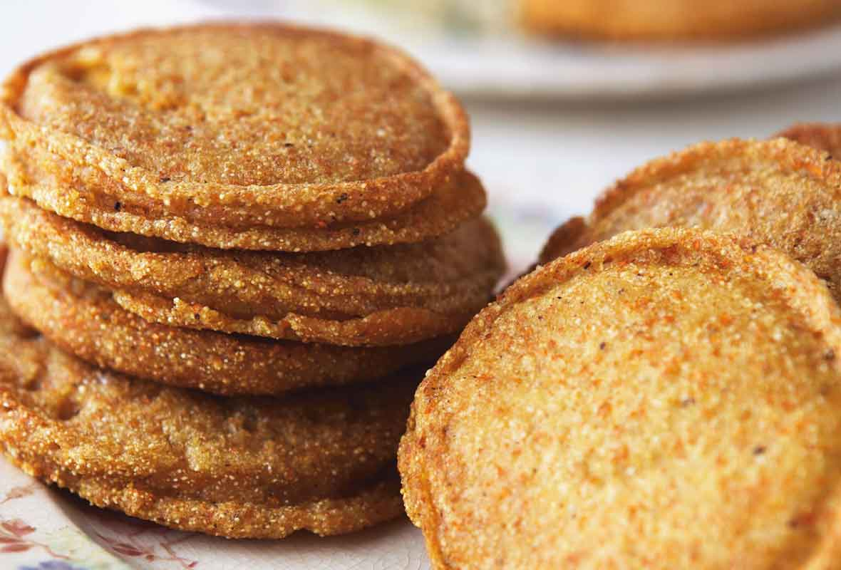 Southern Cornmeal Cakes