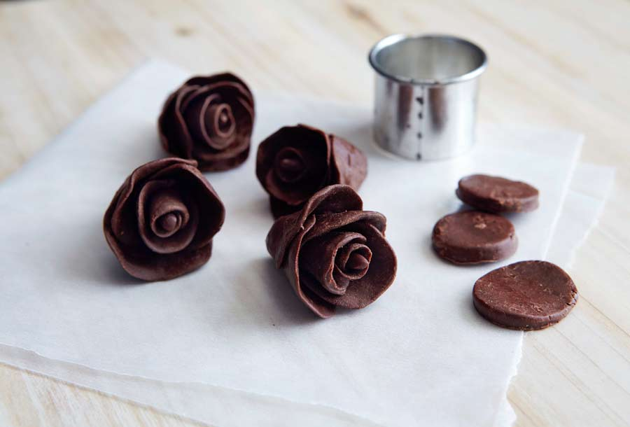 Dark Chocolate Taffy Flowers