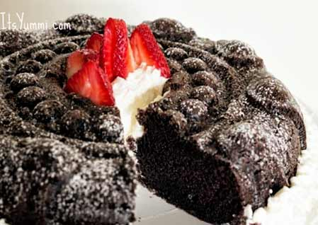 Chocolate-Sour Cream Bundt Cake