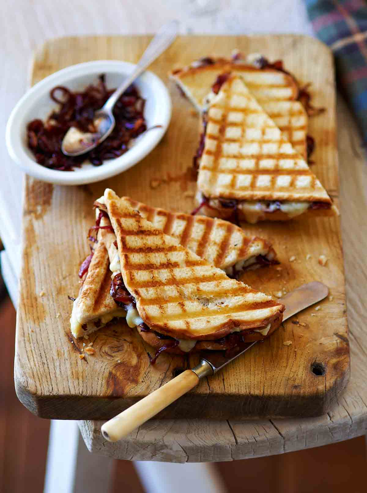 This image has an empty alt attribute; its file name is grilled-cheese-onion-jam.jpg
