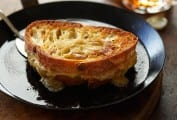 Welsh Rarebit Grilled Cheese