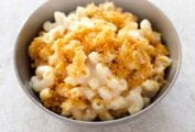 Baked Mac and Cheese With Bread Crumbs