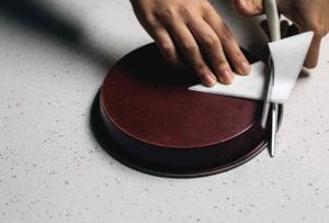 How to Line a Cake Pan 6