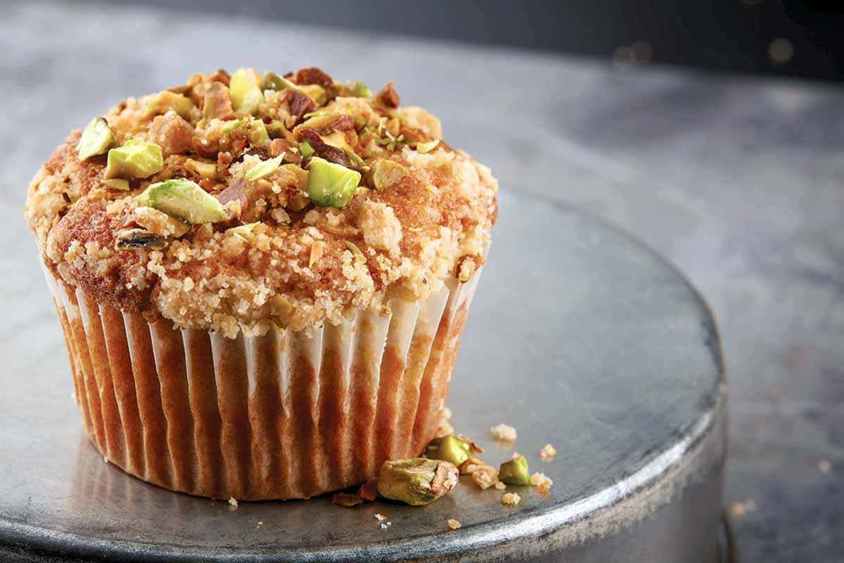 Apple Spice Muffins with Pistachio Streusel Recipe | Leite's Culinaria