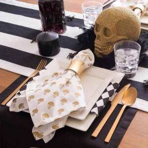 Gold Skull Print Napkins