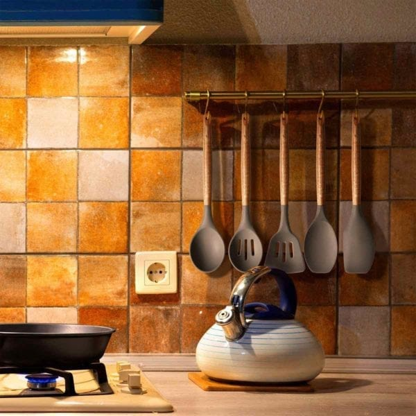 Non-stick Silicone Cooking Utensils Hanging on Wall