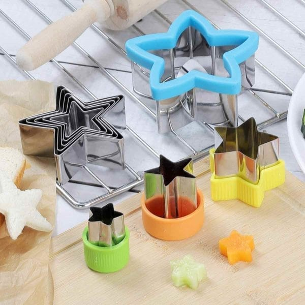 5 Pointed Star Cookie Cutter Set on baking rack.