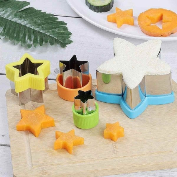 5 Pointed Star Cookie Cutter Set showing 4 cookie cutters.