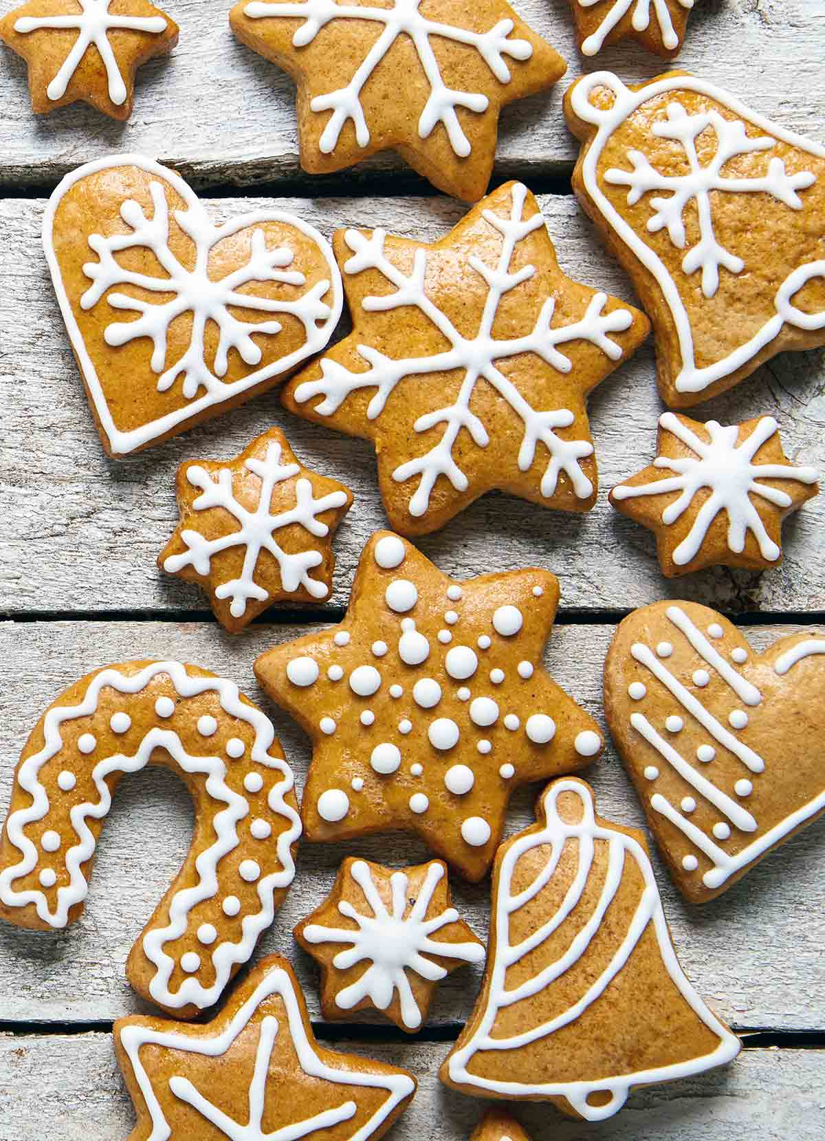 A variety of gingersnaps cookies cut into different shapes