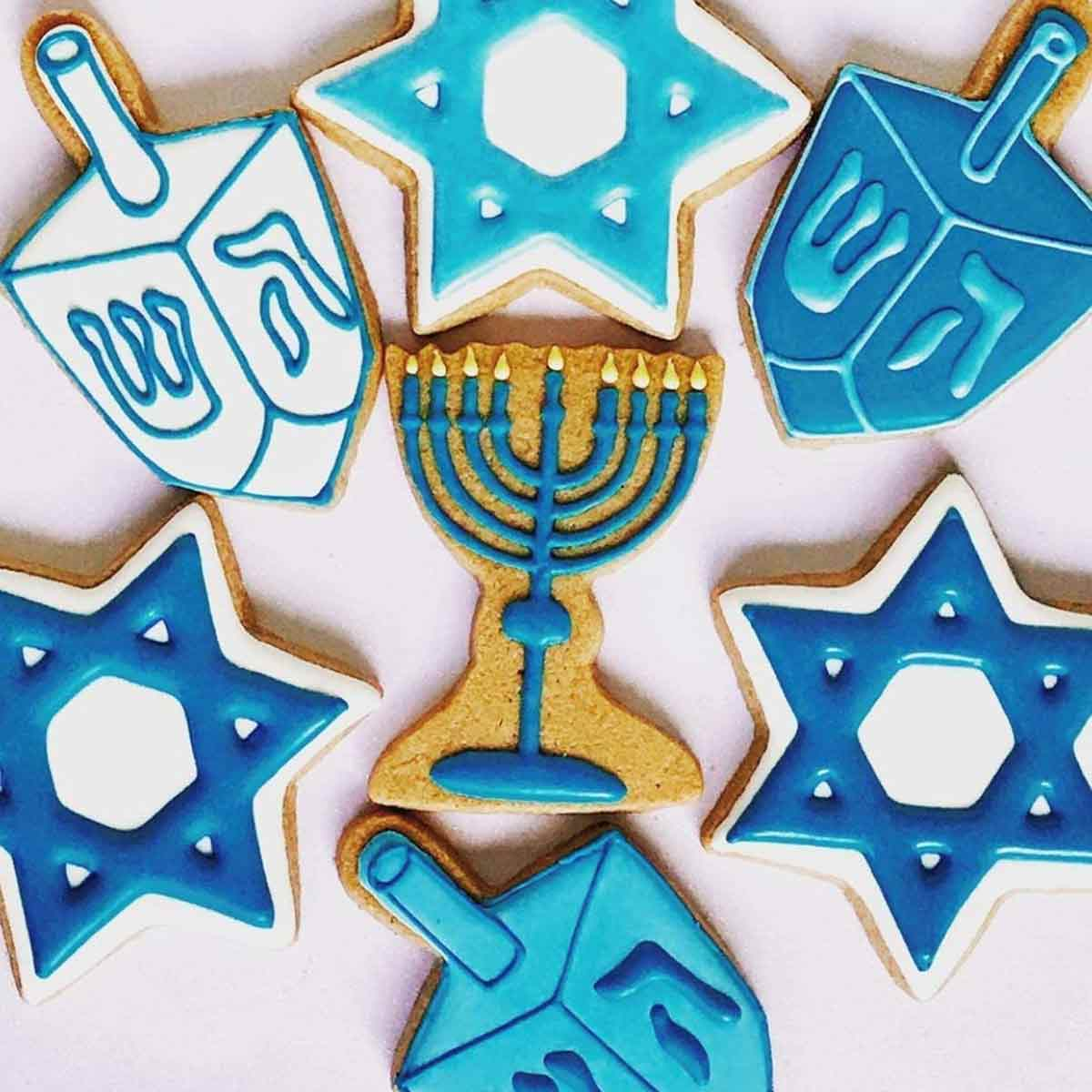 Hanukkah Cookie Cutters showing frosted cookies.