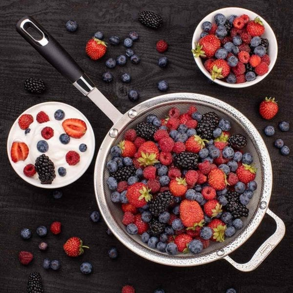 Large Fine Mesh Strainer with more berries