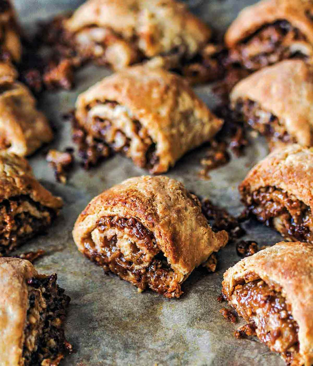 This image has an empty alt attribute; its file name is pecan-pie-rugelach-1.jpg