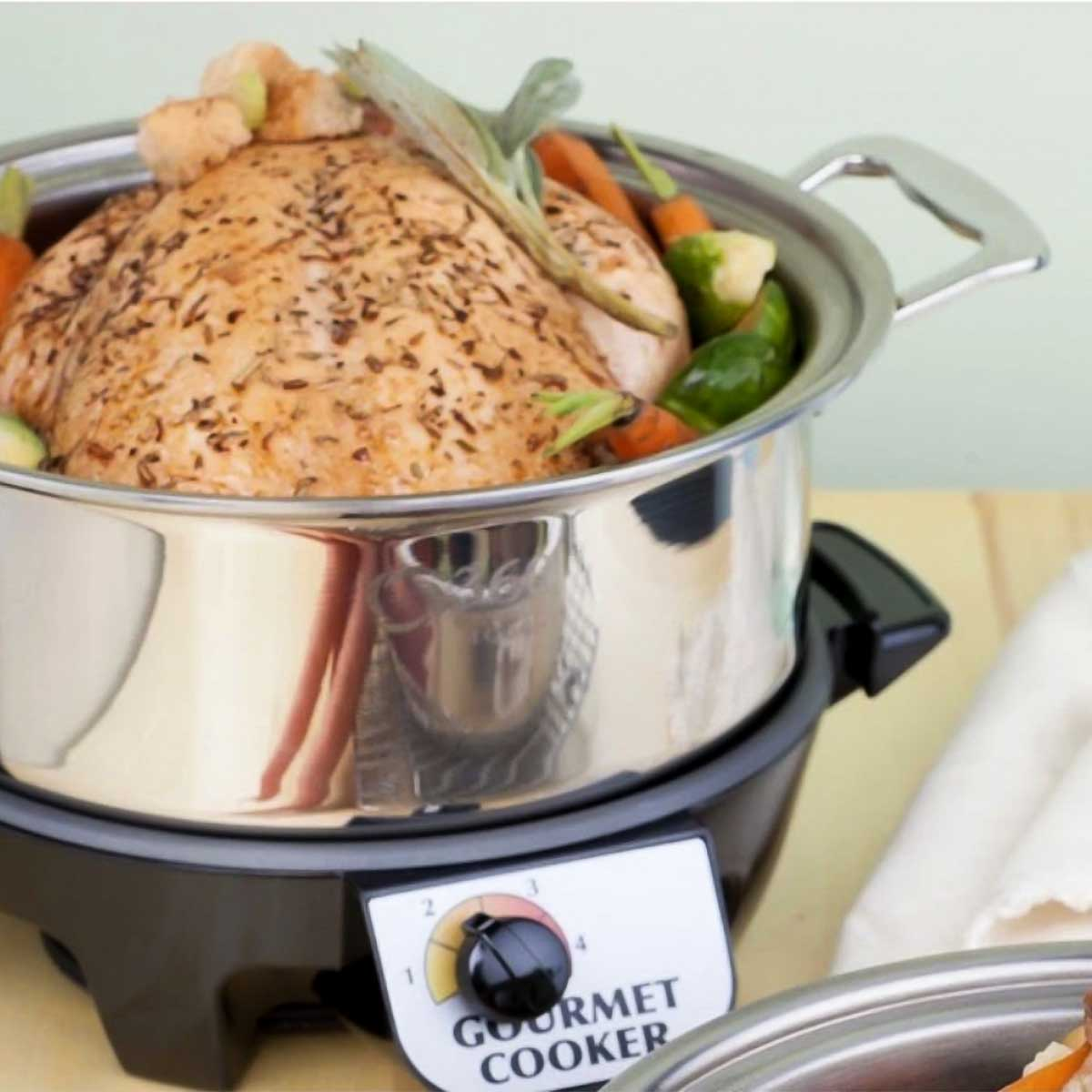 4-qt Slow Cooker Set with Chicken