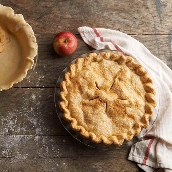 Apple Pie in Glass Pie Plate