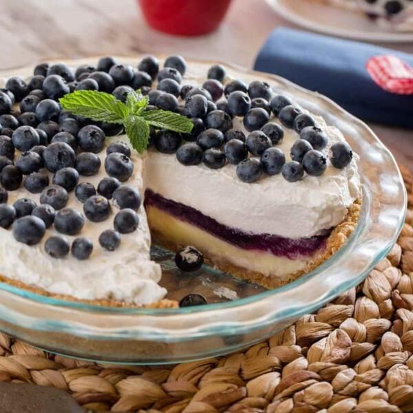 Glass Pie Plate with Blueberry Pie
