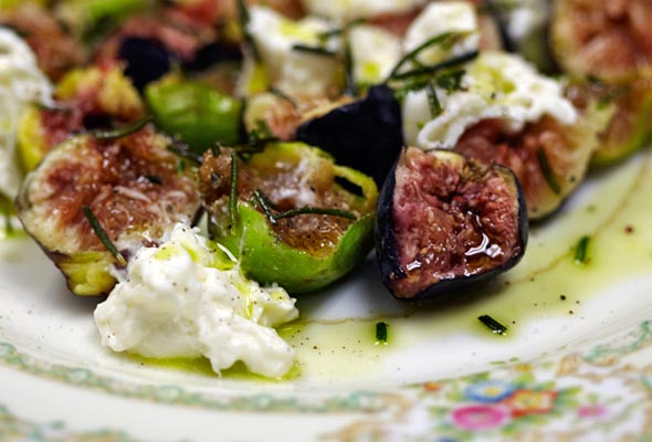 Figs and Burrata Cheese