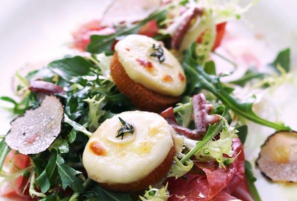 Prosciutto Crottina Salad