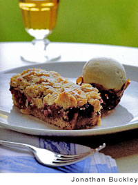 Raspberry-Cinnamon Streusel Tart