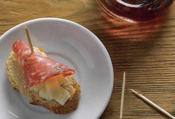 Salami-Cheese Tapa