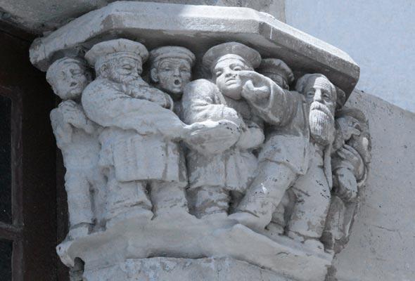 sitges-column-capital